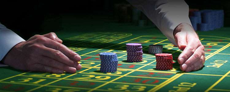 Play the games in online slots with a wide range of themes