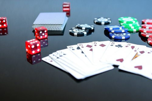 Different types of payment methods are available in the online casinos to make deposits