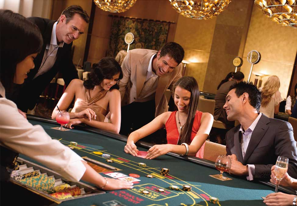 Unique Benefits of Playing Casino Games Online