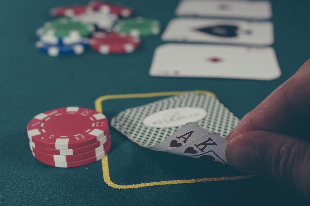 Consider the tips to play the slots safely