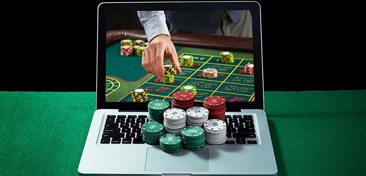 Interesting Offers Players can Benefit from When Playing Slot Games