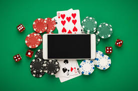 Will Online Poker Eventually Cause The Extinction of Live Play