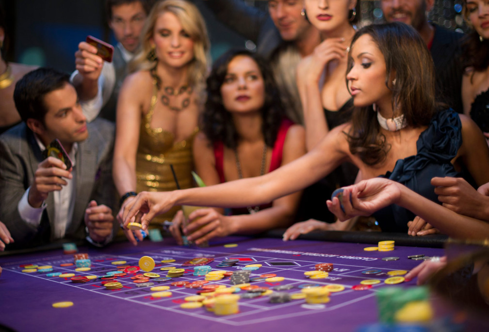 Live Online Casino and Poker – Game For Fun, Game For Money!