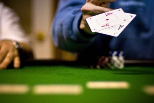 Useful tips to play the online sports betting